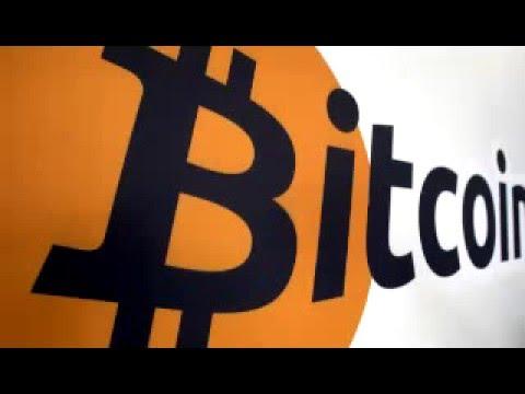 Bitcoin drops below $400 as key advocate 'ragequits