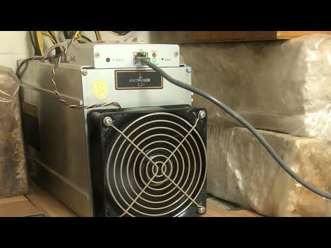 Bitcoin Mining Farm LIVE